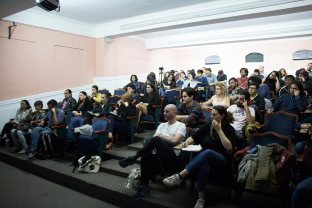 Primer día del seminario 'Estrategias en Uso'