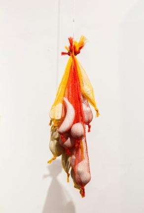 'Mundo de belleza comercial # 2' - Macarena Silva
