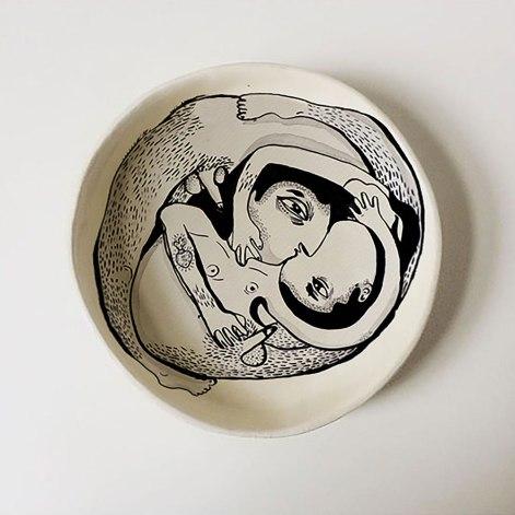 Homo Plato | Christian Tapia Enríquez | Cerámica | 27 cm diámetro, 5 cm profundidad | 2020 | $125
